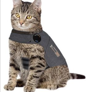 ThunderShirt Calming Solution for Cats, 9-13 Ibs